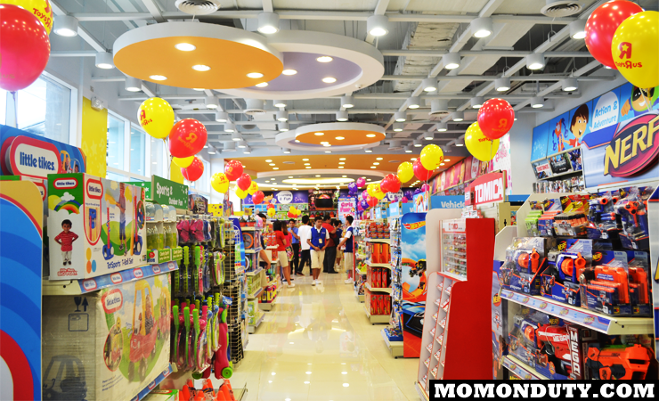 Toys R Us Opens In Robinson's Place Antipolo