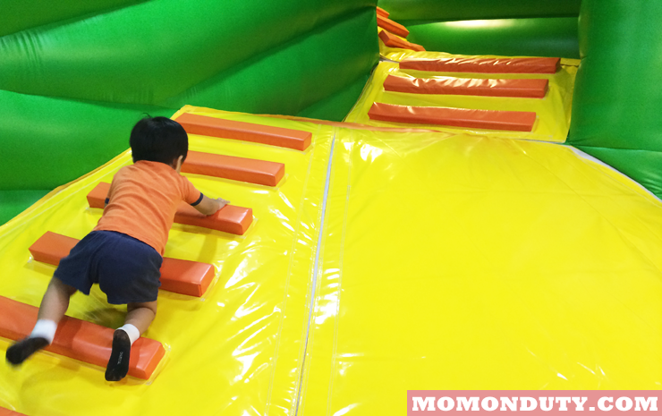 The Little Man Plays at Kidzoona SM Masinag