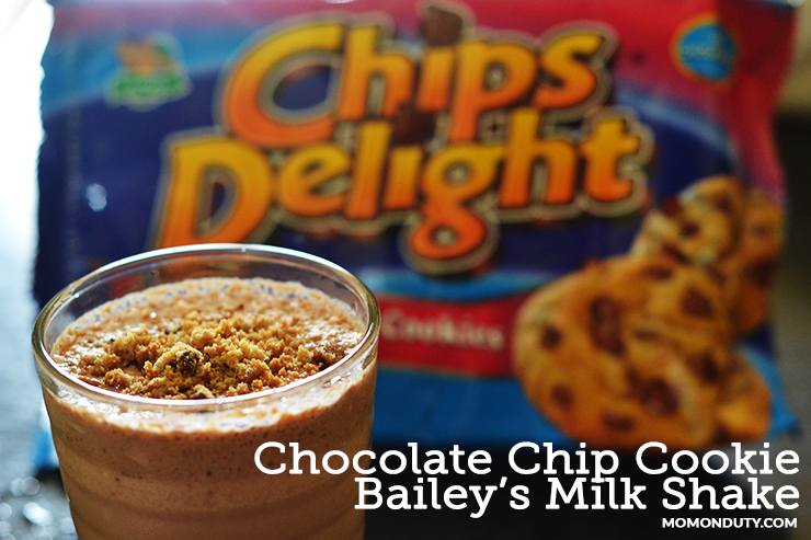 CHOCOLATE CHIP COOKIE BAILEY'S MILK SHAKE