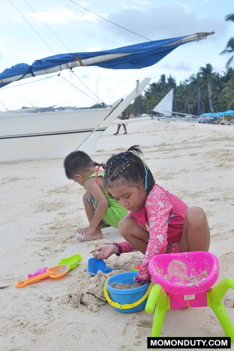 Traveling with kids to Boracay