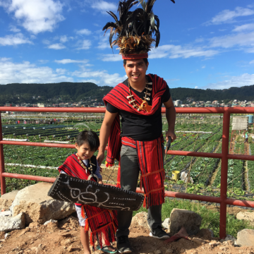 Igorot native attire in Baguio City | www.momonduty.com