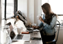 Are bad clients better than no clients at all + how to earn more as a freelancer. http://momonduty.com