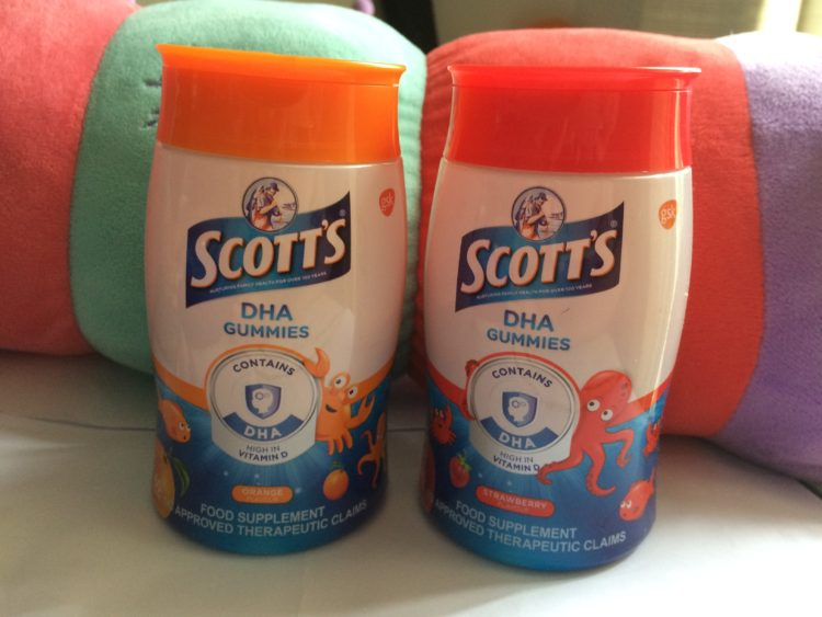Scott's DHA Gummies are a rich source of DHA for kids | www.momonduty.com