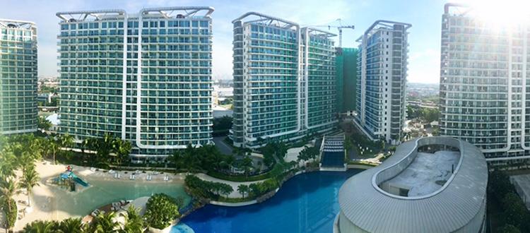 Panoramic view of Azure Urban Resort | www.momonduty.com