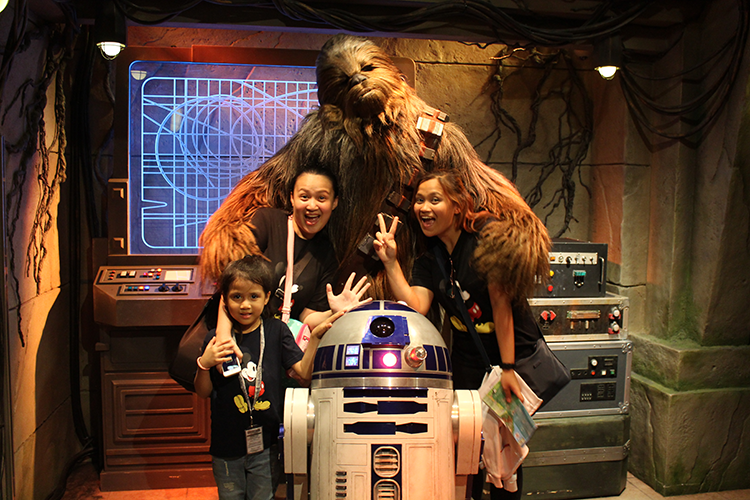Star Wars Experience in Hong Kong Disneyland | www.momonduty.com