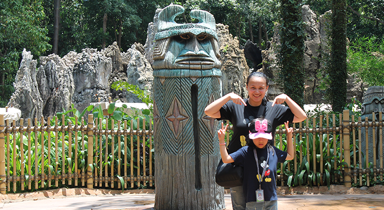 Fun with kids at Disneyland Hong Kong | www.momonduty.com