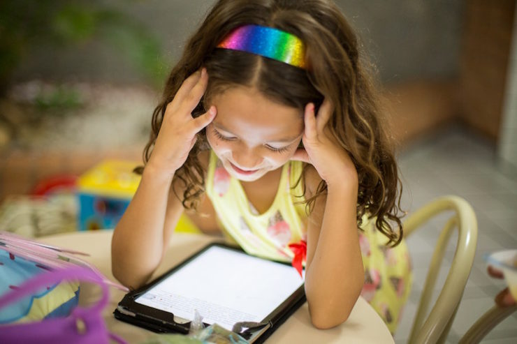 How to manage your child's screen time