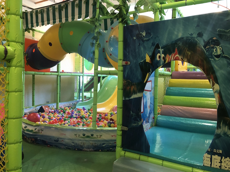 The Playroom of Acea Subic Bay is heaven for kids | www.momonduty.com