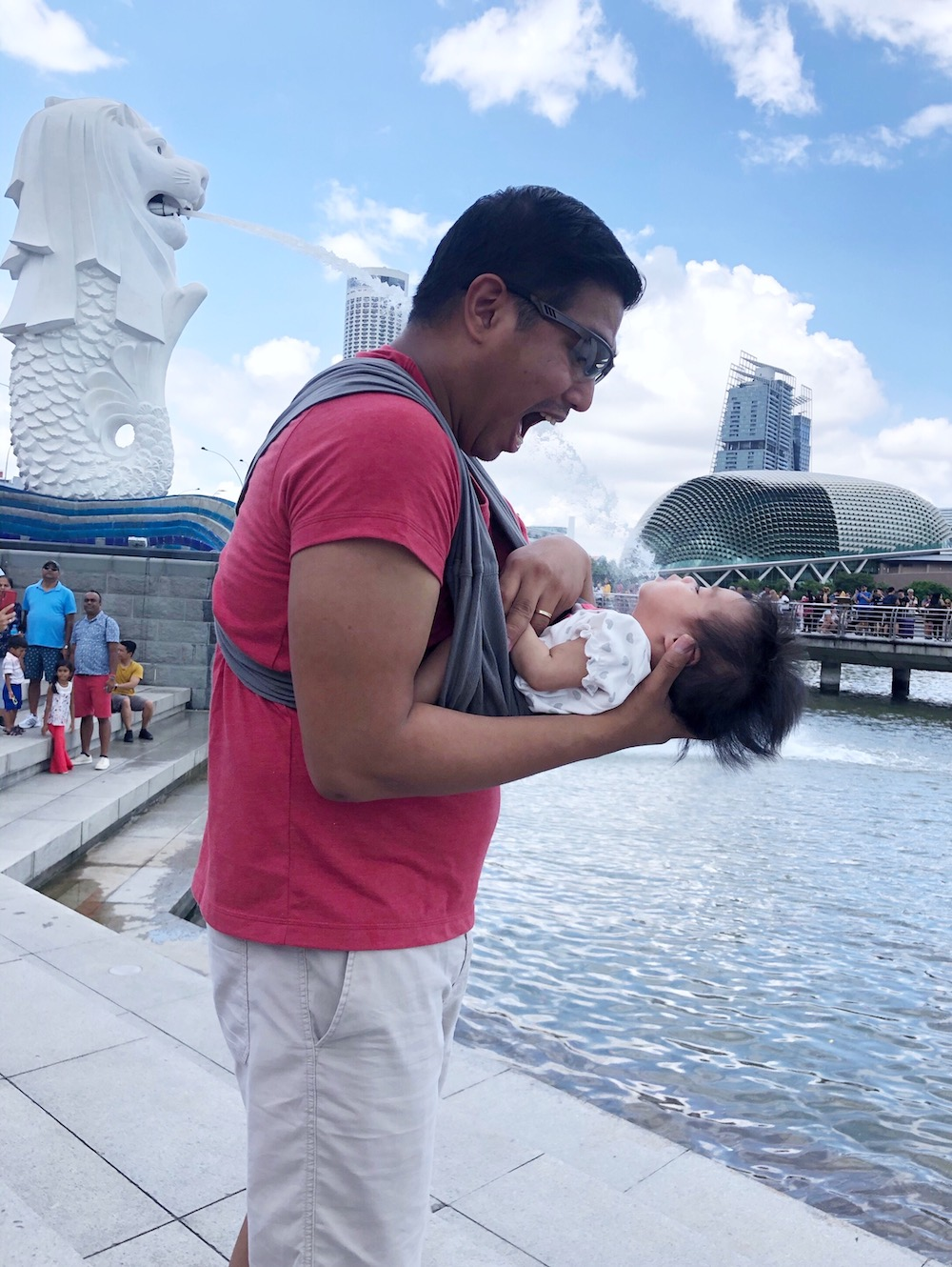 Take lots of fun photos at Merlion Park